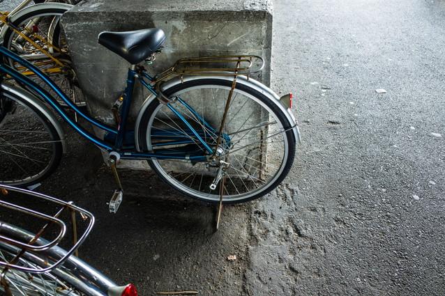 古びた自転車