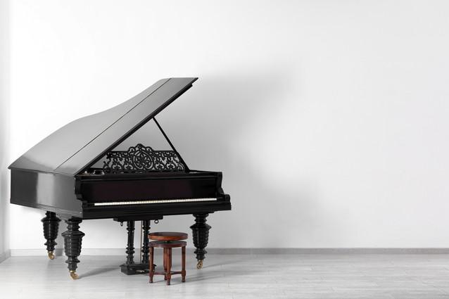 レトロなピアノ