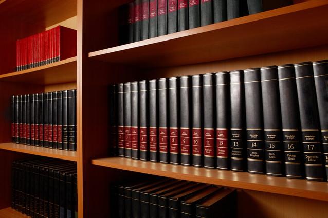本棚を正しく処分する7つの方法や回収費用の相場を紹介
